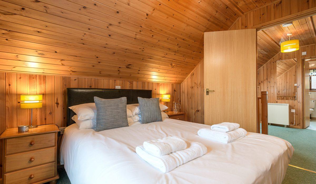 E31 Tamarisk - Master Bedroom 2