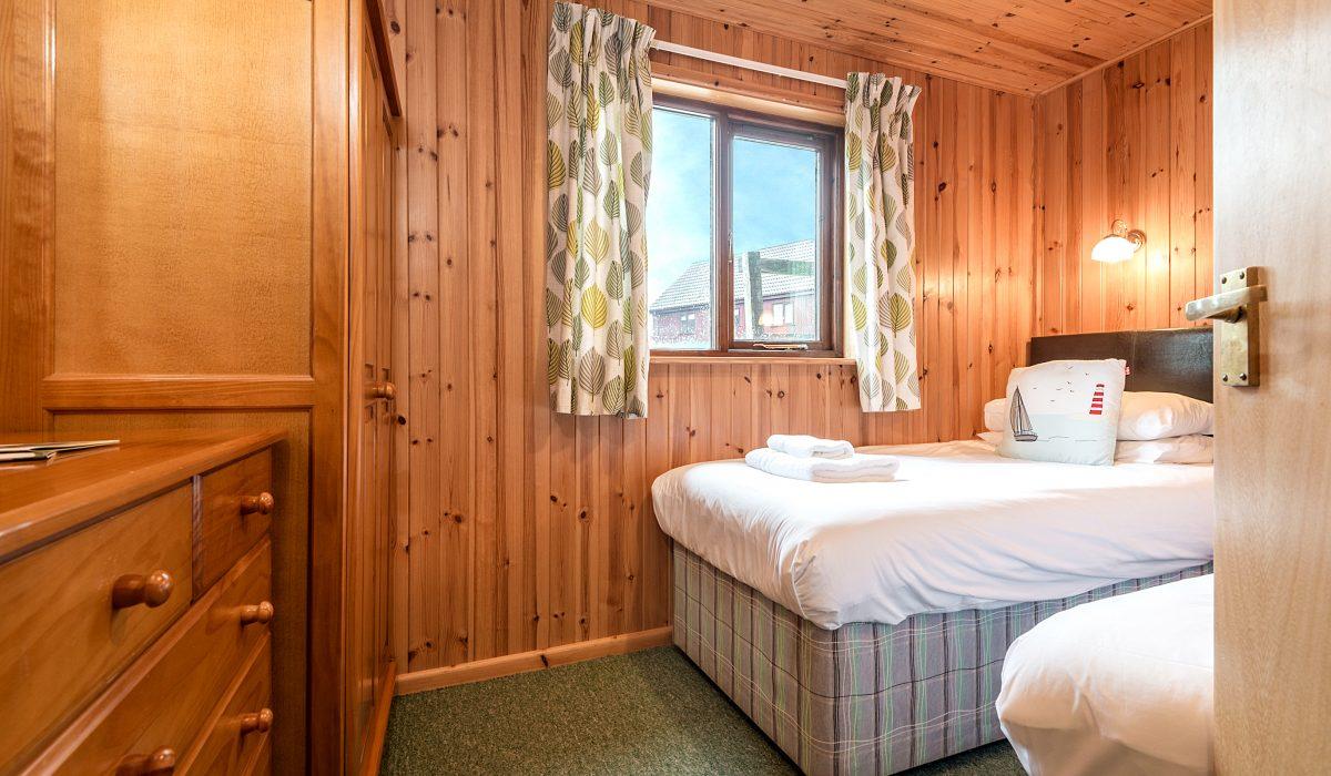 E31 Tamarisk - Twin Bedroom 1