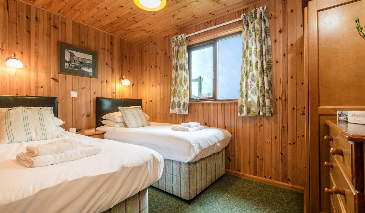 E31 Tamarisk - Twin Bedroom 3