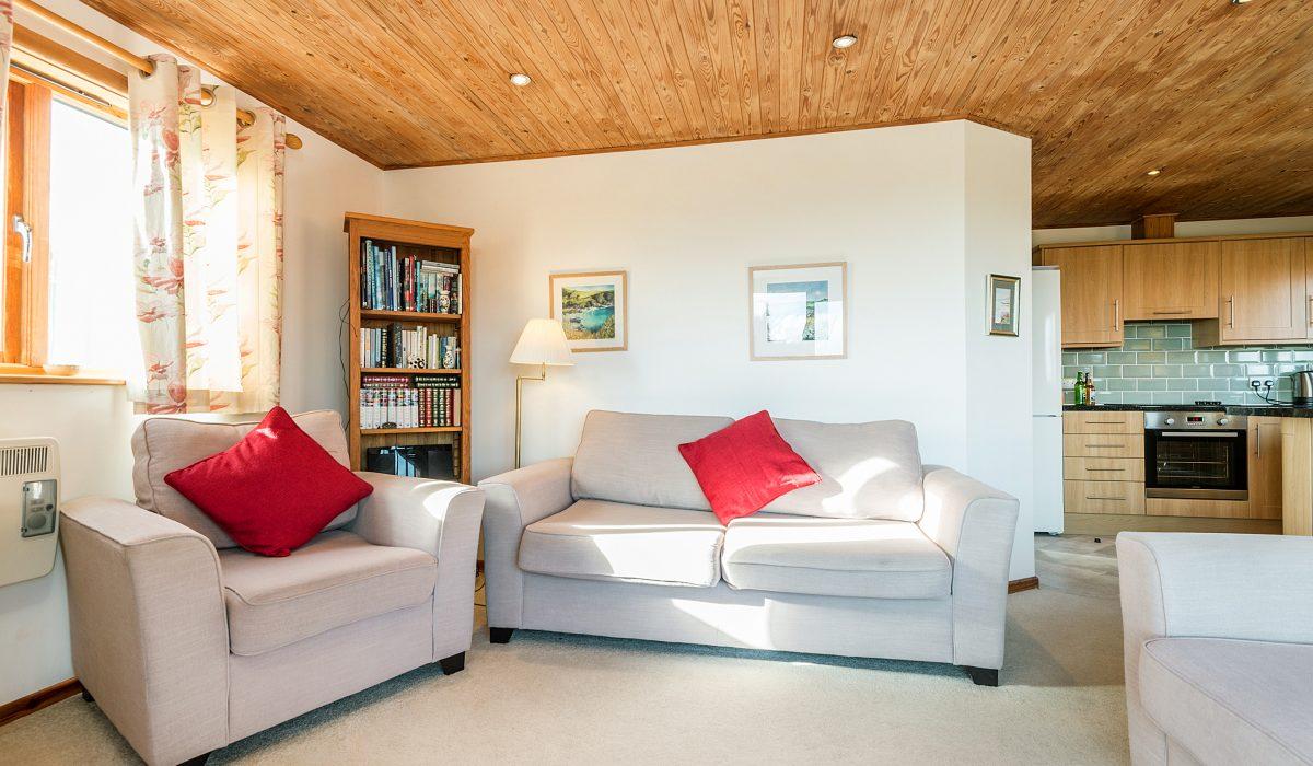 E53 Hirondelle - Living Area 2