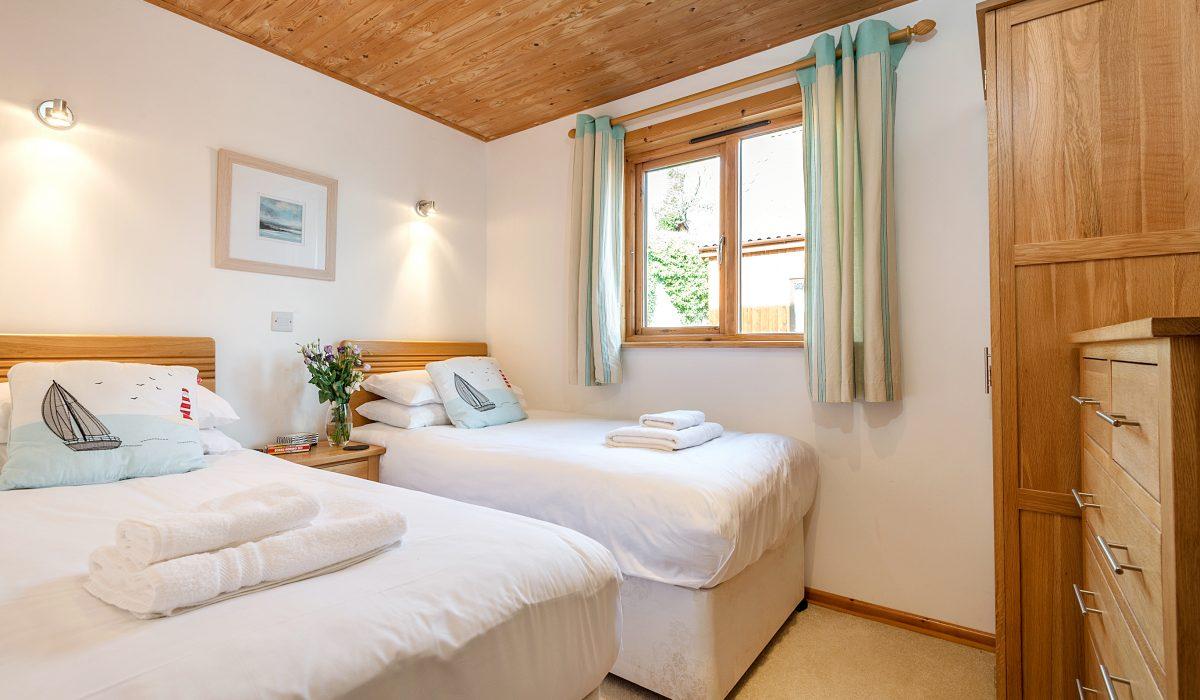 E53 Hirondelle - Twin Bedroom 1