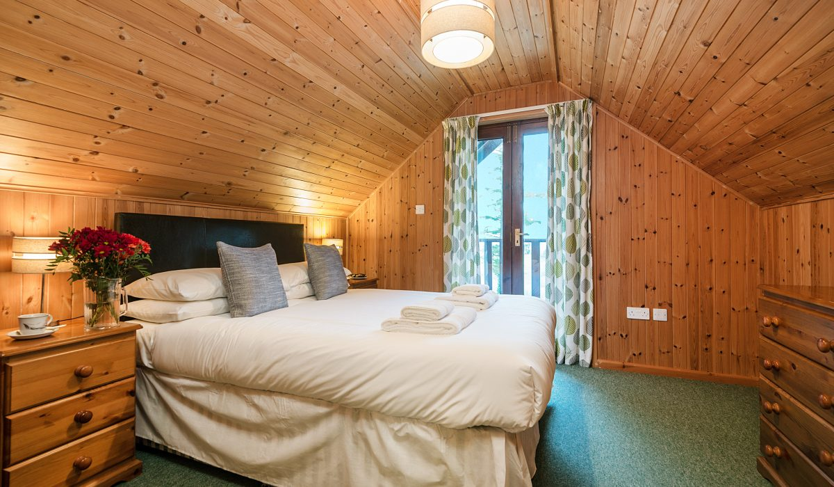E22 Puffin - Master Bedroom 1
