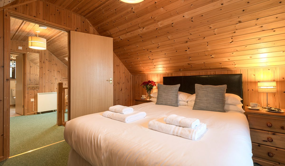 E22 Puffin - Master Bedroom 2