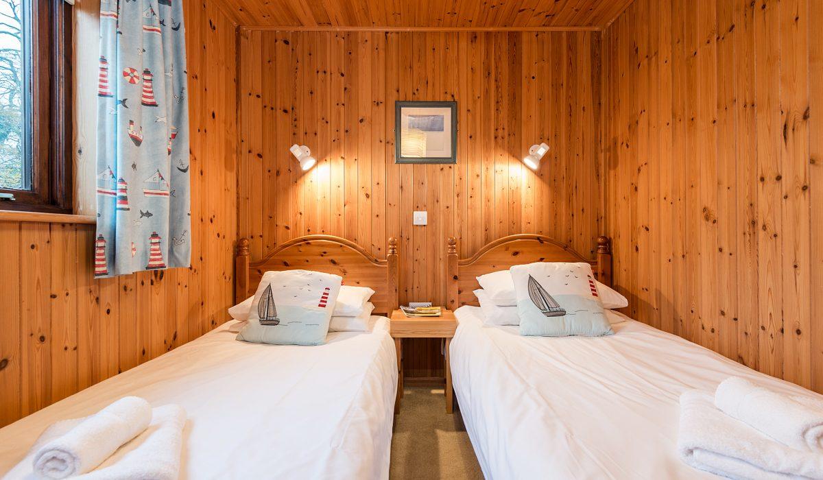 E29 Lawnside - Twin Bedroom 4