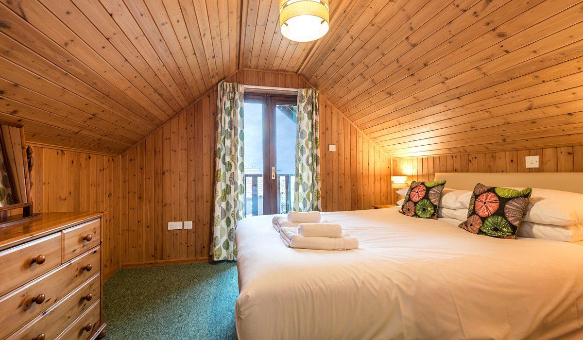 E42 Nare - Master Bedroom 1