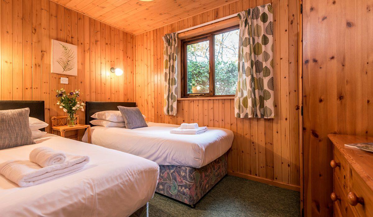 E42 Nare - Twin Bedroom 3