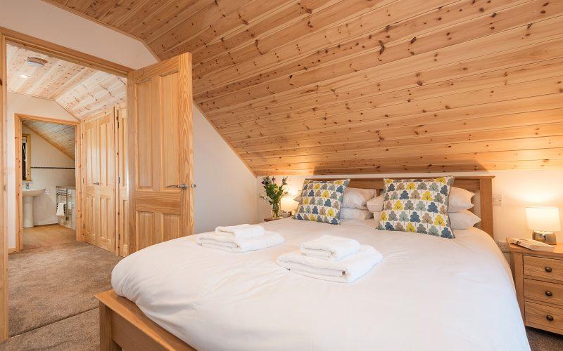E50 Perrins - Master Bedroom 3